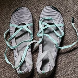 J-41 minimalist shoes